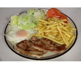 Lomo-Huevo-Patatas Fritas y Ensalada